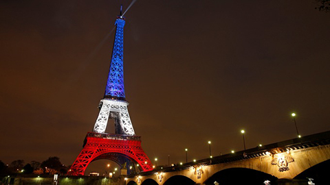 tricolore-eiffel-tower